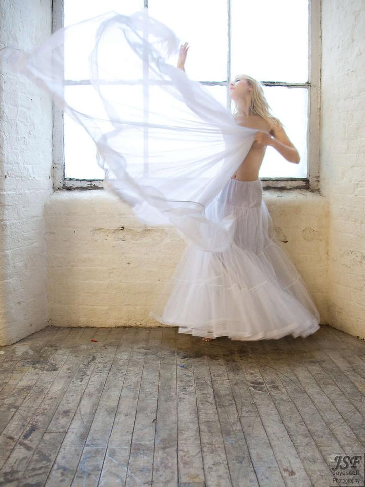 Raphaella Natural Light 2-7