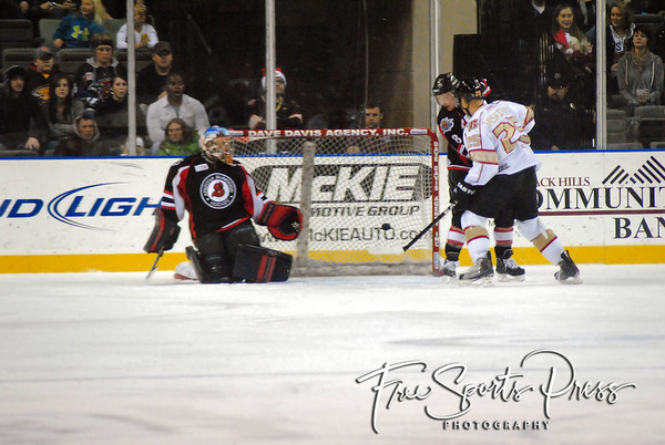 Rush vs Sundogs (12/22/2011)