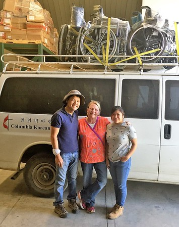 Dr. Luke put all those wheelchairs on top and strapped them on while the rest of us loaded the compartment.  Clinica Bethesda is in development stage working through the government regulatory system to be able to expand its services.  Vine International are helping supply the clinic outside of Xela.