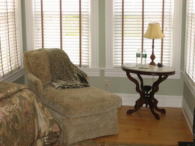 Warren Room sitting area.