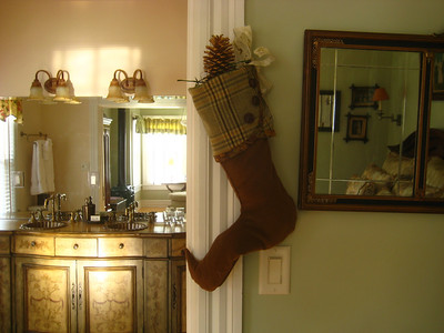 View of the Warren room's bathroom.  The seasonal stocking was handmade for the Inn by Diane Sudhoff of South House Boutique.  Contact info: southhousedesigns@yahoo.com.
