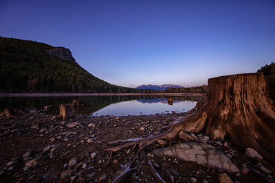 Rattlesnake Lake Reflection Mt Si Sunset Stump Foreground 12-31-18