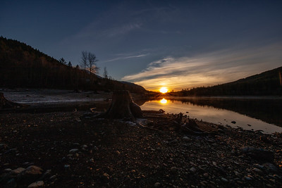 Rattlesnake Lake Frosty Sunset 12-31-18