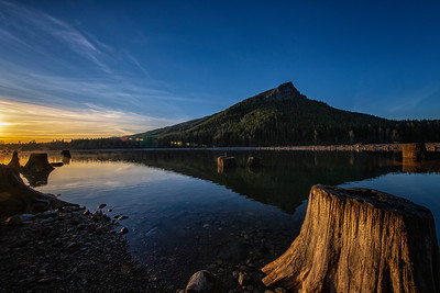 Rattlesnake Lake Ledge Reflection Sunset Wide Angle 12-31-18
