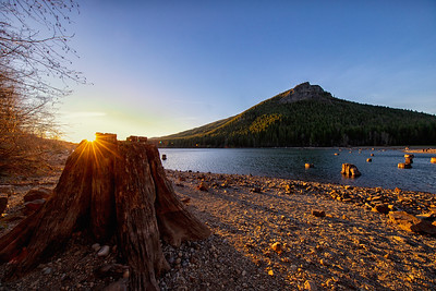 Sunset Stump Wide Angle Rattlesnake Lake and Ledge 1-13-19