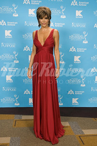 Presenter Lisa Rinna of Soap Talk at the 34th Annual Daytime Entertainment Emmy Awards
