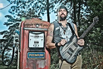 Dirty Kin Photos by Raul Rubiera
