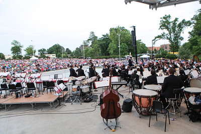 "The Fayetteville Symphony Orchestra and the Army Ground Forces Band of Ft. Bragg present their second annual free ""Symphonic Salute to the U.S. Armed Forces"" concert at Festival Park in Fayetteville, NC on Sunday, March 25th, 2014. Symphony_&_Armed_Forces_0007.JPG"