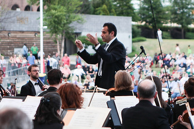 "The Fayetteville Symphony Orchestra and the Army Ground Forces Band of Ft. Bragg present their second annual free ""Symphonic Salute to the U.S. Armed Forces"" concert at Festival Park in Fayetteville, NC on Sunday, March 25th, 2014. Symphony_&_Armed_Forces_0003.JPG"