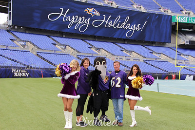 Ravens Holiday Card Photos On The Field 10.13.18
