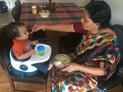 Nannamma's cookiing...yummmm!