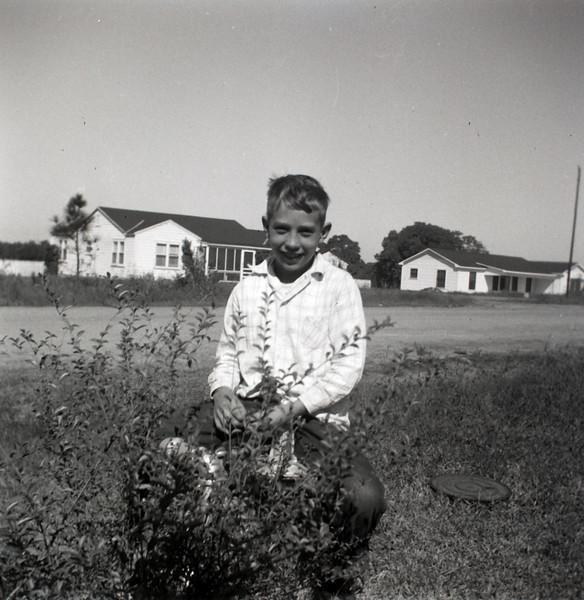 1940s-D10-08