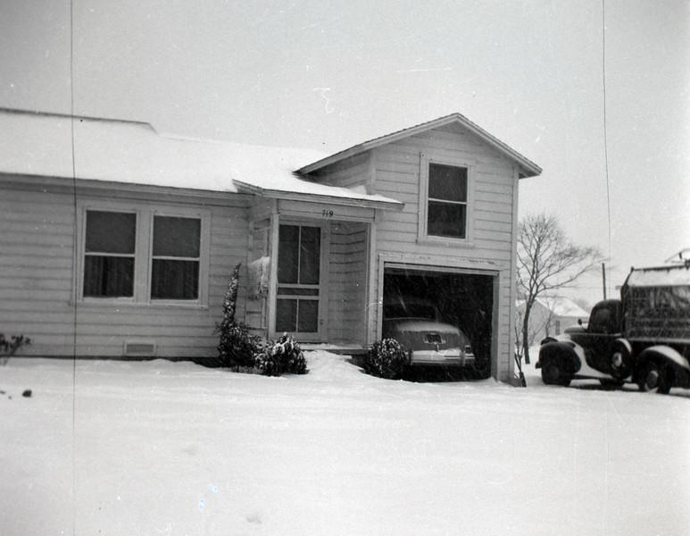 1940s-D10-10