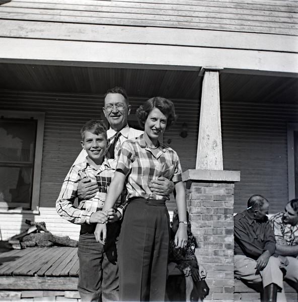 1940s-D10-03