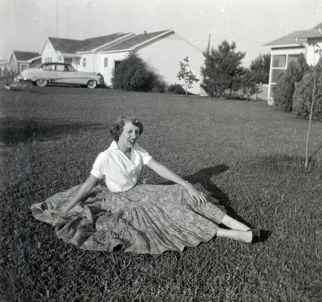 1940s-D10-27