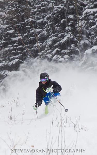 IMAGE: http://www.stevemokanphotography.com/Re/Beaver-Creek-Skiing-Jan-12/i-4vR3mdM/1/L/BeaverCreek12-4-L.jpg