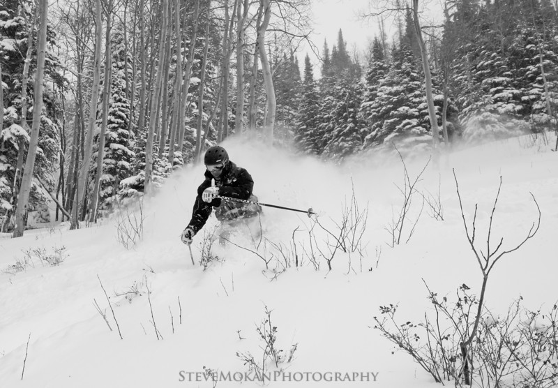 IMAGE: http://www.stevemokanphotography.com/Re/Beaver-Creek-Skiing-Jan-12/i-LccJXwZ/1/L/BeaverCreek12-7-L.jpg