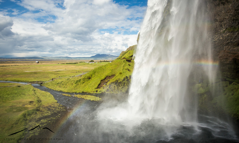 The beautiful Seljalandsfoss waterfall, one of the main attractions of the south coast.  This is a popular tourist spot and I wasn't expecting much in terms of pictures, but I was pleasantly surprised.