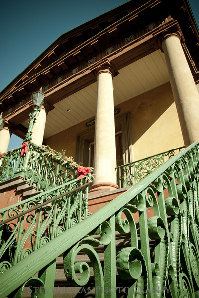 The architecture of Charleston is absolutely stunning- this is the main building at the end of Market Street.