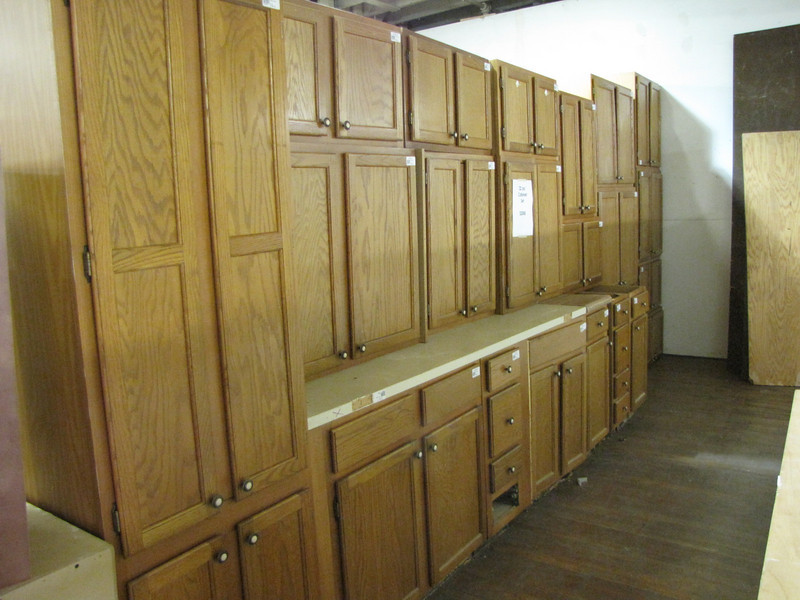 22 piece cabinet set : $2000
