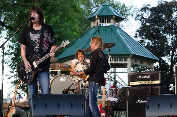 Pat Travers Band <br /> <br /> Photographer's Name: Darrell Luepnitz<br /> Photographer's City and State: Kokomo, IN