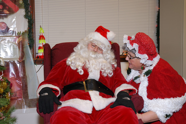 Santa, Wake Up there is still so much to get ready!<br /> <br /> Photographer's Name: cheryl morrow<br /> Photographer's City and State: kokomo, IN