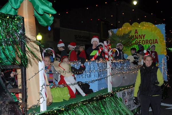 "R.B. Wright Elementary School's float conjured up a ""Sunny South Georgia Christmas.""  Photographer's Name: Kevin Hall Photographer's City and State: Moultrie, GA"