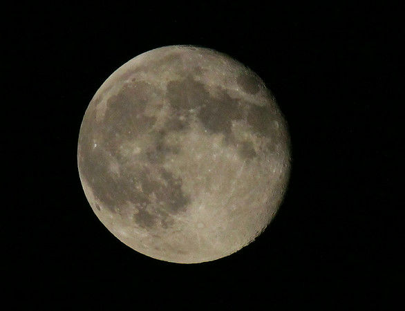 A look at the Super Moon before it recedes to a lesser size and brightness.<br /> <br /> Photographer's Name: Jerry Byard<br /> Photographer's City and State: Anderson, Ind.