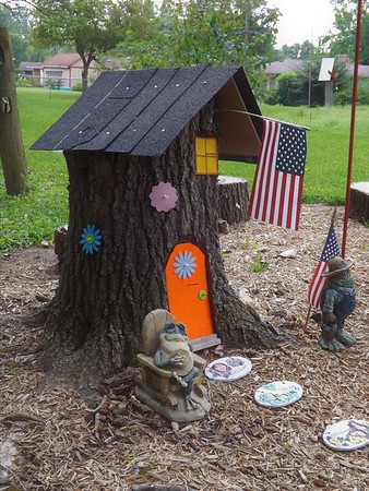 Great yard art...photo taken on the Anderson east side.<br /> <br /> Photographer's Name: J.R. Rosencrans<br /> Photographer's City and State: Alexandria, Ind.