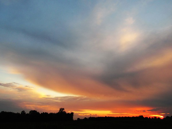 The evening sky for the first day of August.<br /> <br /> Photographer's Name: Harry Van Noy<br /> Photographer's City and State: Lafayette Township, Ind.