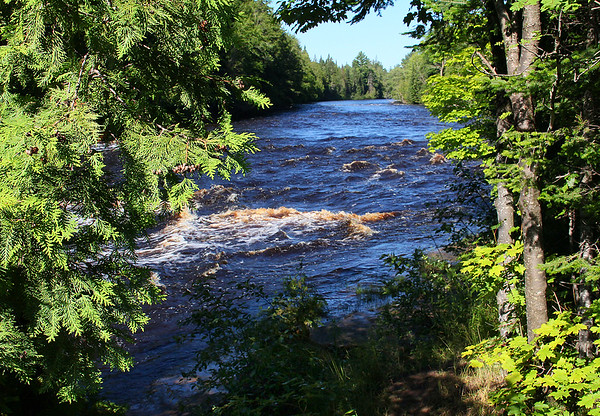 Upstream view of the Tahquamenon River at the top of the falls.<br /> <br /> Photographer's Name: Jerry Byard<br /> Photographer's City and State: Anderson, Ind.