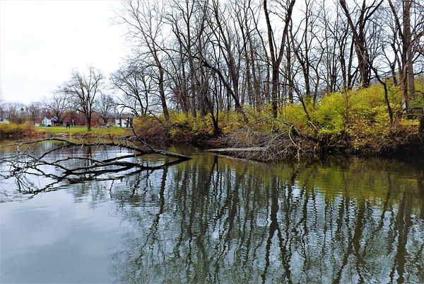 The crappie hole at Shadyside Lake.<br /> <br /> Photographer's Name: J.R. Rosencrans<br /> Photographer's City and State: Alexandria, Ind.