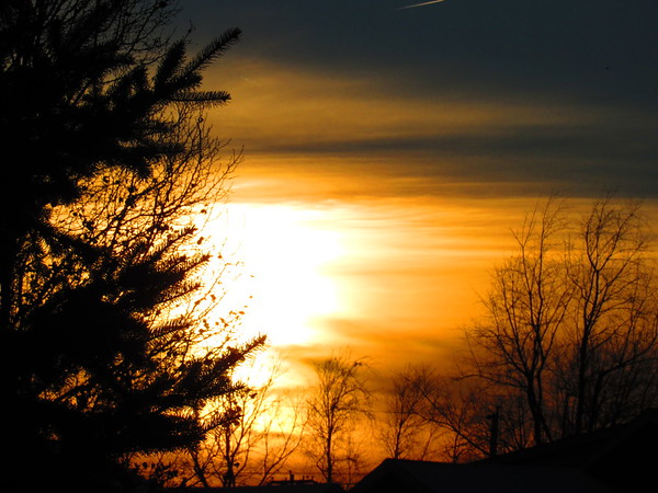The third Thursday of December's sunset.<br /> <br /> Photographer's Name: Harry Van Noy<br /> Photographer's City and State: Lafayette Township, Ind.