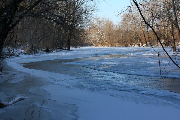 A stretch of open water in White River at Mounds State Park was showing on this Zero morning.<br /> <br /> Photographer's Name: Jerry Byard<br /> Photographer's City and State: Anderson, Ind.
