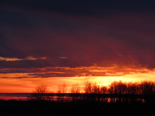 Late January sunsetting.<br /> <br /> Photographer's Name: Harry Van Noy<br /> Photographer's City and State: Lafayette Township, Ind.
