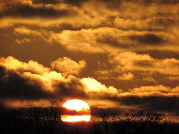 A February sunset, seen from Madison County.<br /> <br /> Photographer's Name: Harry Van Noy<br /> Photographer's City and State: Lafayette Township, Ind.