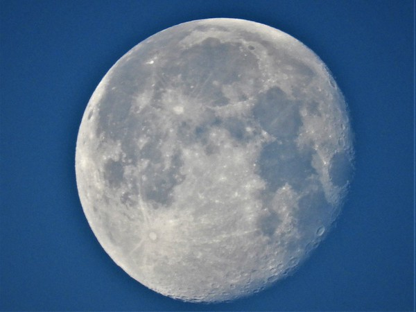 Morning moon over Killbuck Creek.<br /> <br /> Photographer's Name: J.R. Rosencrans<br /> Photographer's City and State: Alexandria, Ind.