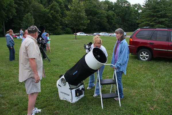 At Mounds State Park on Saturday evening people gathered to view the night sky through two large telescopes.<br /> <br /> Photographer's Name: Jerry Byard<br /> Photographer's City and State: Anderson, Ind.
