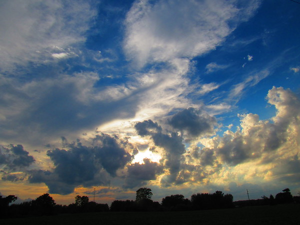 Tuesday evening sky.<br /> <br /> Photographer's Name: Harry Van Noy<br /> Photographer's City and State: Lafayette Township, Ind.