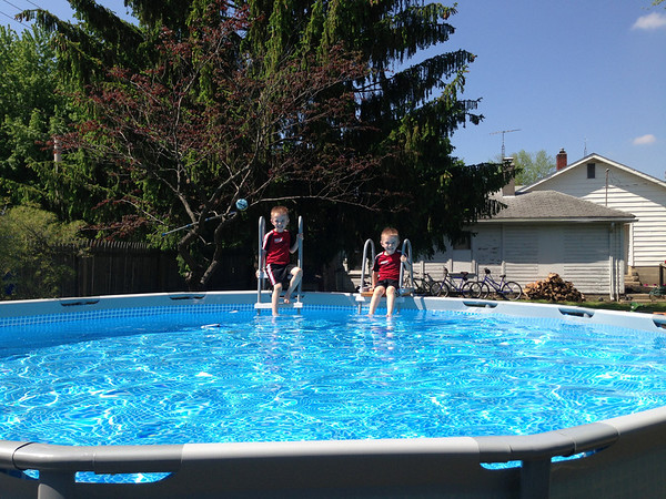 Twins Parker and Alexander Roosa getting ready to sink their toes in the chilly water. <br /> <br /> Photographer's Name: Braun Roosa<br /> Photographer's City and State: Anderson, Ind.
