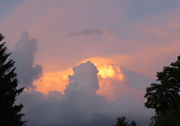 The Eastern sky had an interesting look at sunset on Friday evening.<br /> <br /> Photographer's Name: Jerry Byard<br /> Photographer's City and State: Anderson, Ind.