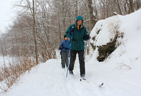 The snowy Sunday brought cross country skiers out to Mounds Park on Trail 5 along White River.<br /> <br /> Photographer's Name: Jerry Byard<br /> Photographer's City and State: Anderson, Ind.