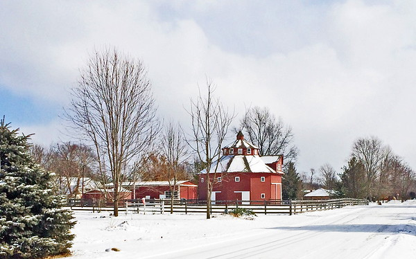 Anderson's round barn.<br /> <br /> Photographer's Name: Pete Domery<br /> Photographer's City and State: Anderson, Ind.