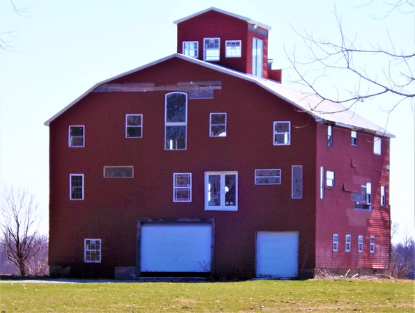 The big red barn in Madison County.<br /> <br /> Photographer's Name: J.R. Rosencrans<br /> Photographer's City and State: Alexandria, Ind.