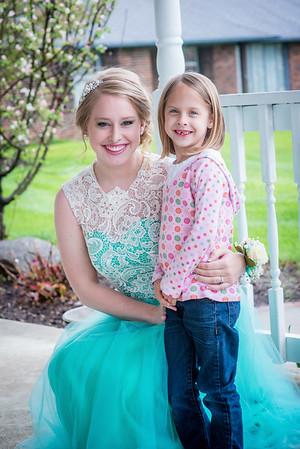 My daughter Cassandra Ayers with her niece Evie Fox.<br /> <br /> Photographer's Name: Terry Lynn Ayers<br /> Photographer's City and State: Anderson, Ind.