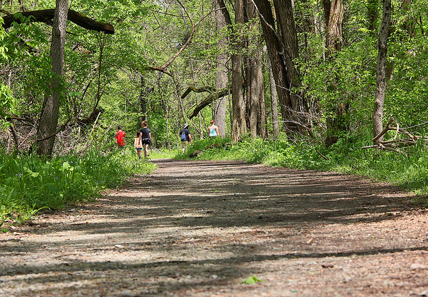 Hikers on Trail 5 at Mounds Park enjoying a warm spring day.<br /> <br /> Photographer's Name: Jerry Byard<br /> Photographer's City and State: Anderson, Ind.