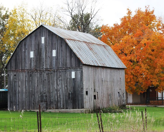An old barn in Muncie.<br /> <br /> Photographer's Name: Rebecca Reding<br /> Photographer's City and State: Anderson, Ind.