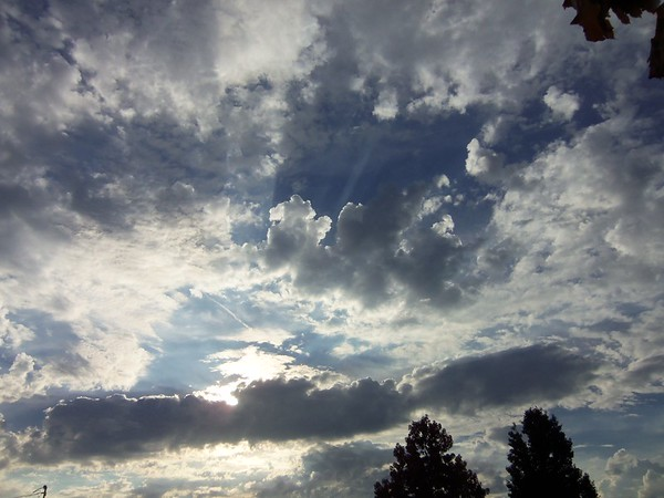 Evening sky.<br /> <br /> Photographer's Name: Harry Van Noy<br /> Photographer's City and State: Anderson, Ind.