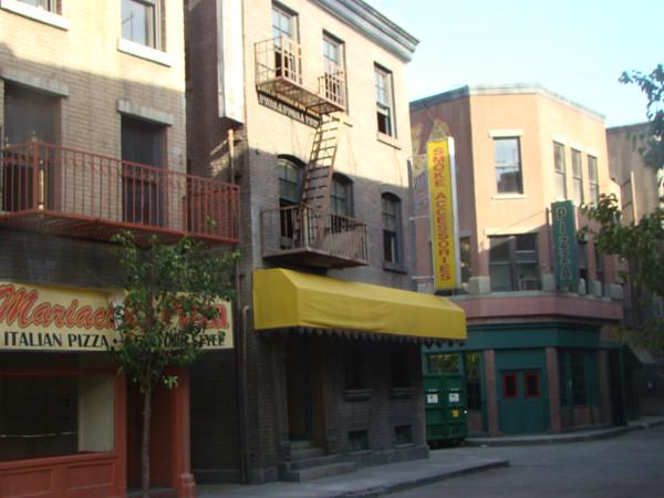 Warner back lots.<br /> <br /> Photographer's Name: Jack D. Reynolds<br /> Photographer's City and State: Anderson, Ind.