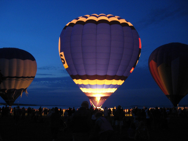 <b>Submitted By:</b> Brandon Glowacki <b>From:</b> Traverse City <b>Description:</b> Traverse City hot air ballon festival 2011
